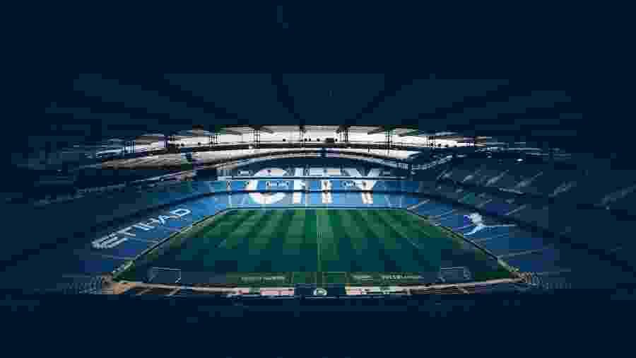 Clubes como o Manchester City estão se manifestando após suspensão de partidas - Reprodução / Twitter