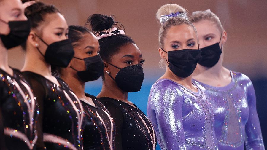 Simone Biles no treino da seleção americana de ginástica em Tóquio antes da Olimpíada - Ezra Shaw/Getty Images