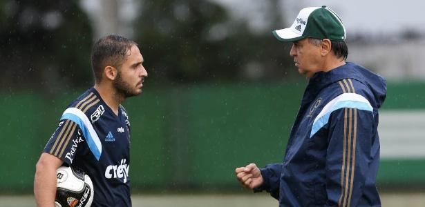 Régis é uma das opções de Marcelo para o meio-campo
