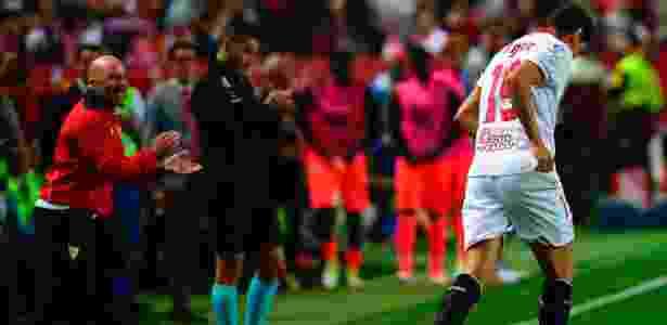 Paulo Henrique Ganso e Sampaoli trabalharam juntos no Sevilla, da Espanha - Cristina Quicler/AFP Photo