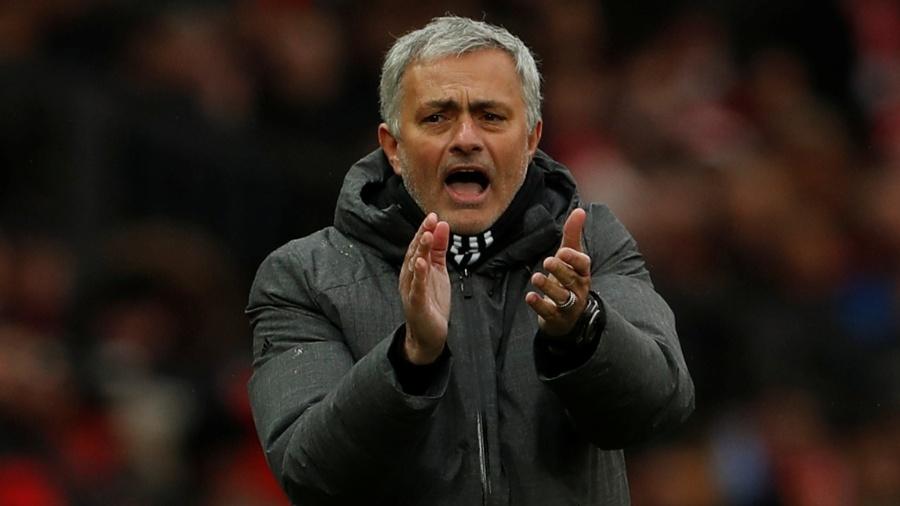 José Mourinho comandando o Manchester United - Action Images via Reuters