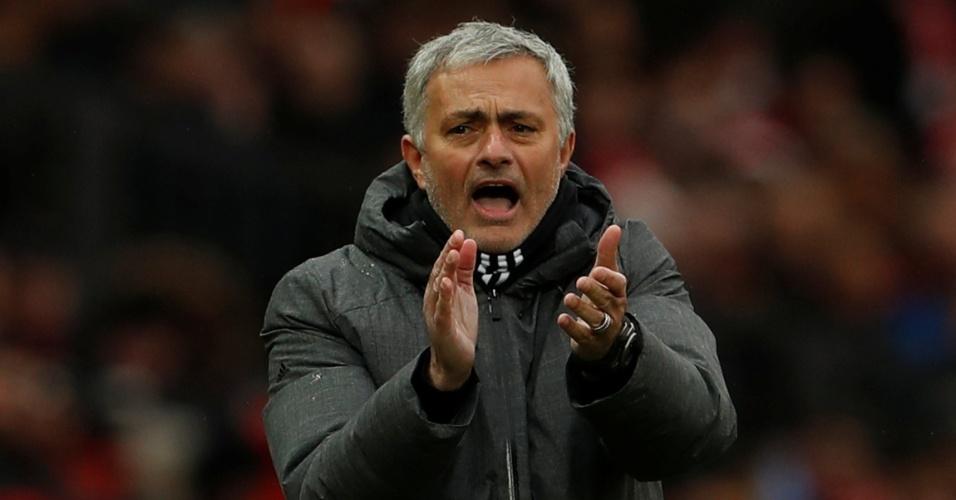 José Mourinho comandando o Manchester United
