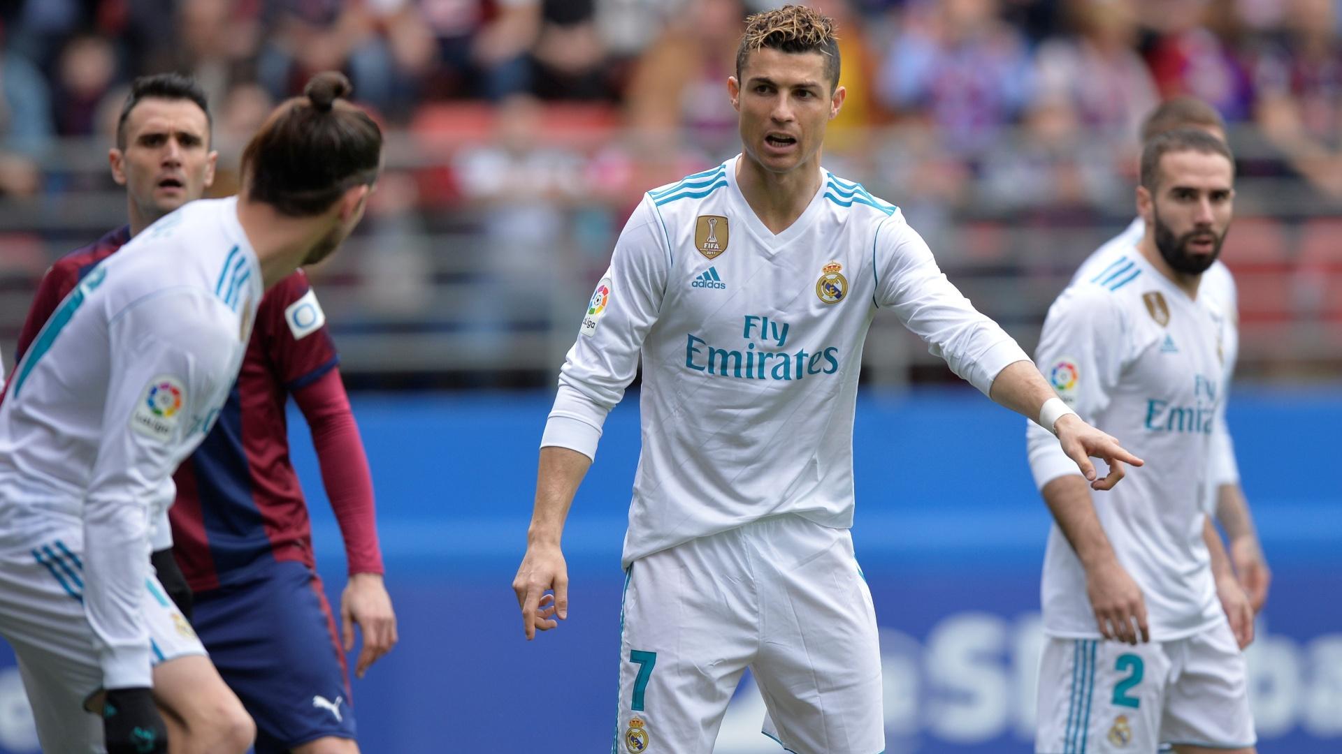 Cristiano Ronaldo em ação pelo Real Madrid contra o Eibar