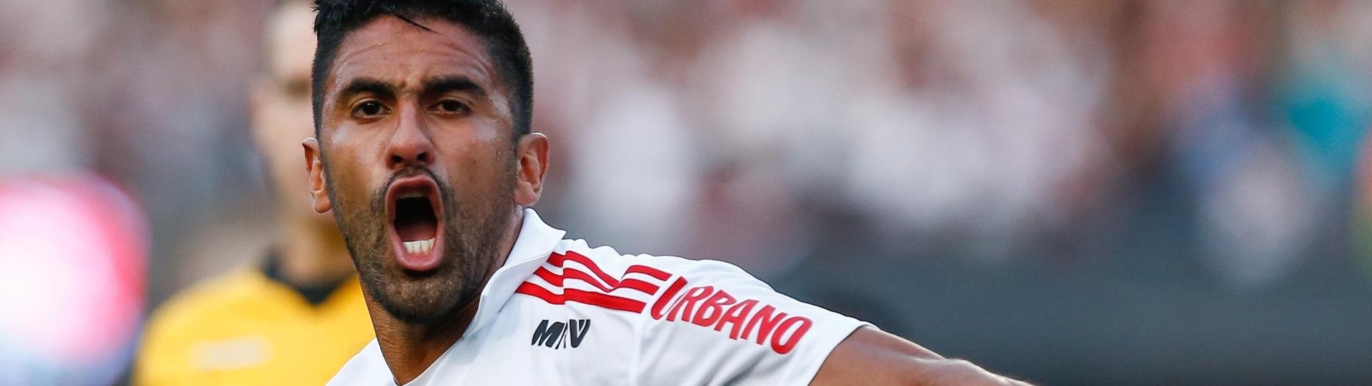 Tréllez comemora após empatar o jogo para o São Paulo contra o Fluminense