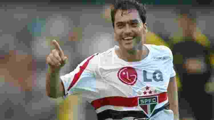Danilo comemora gol em sua passagem pelo São Paulo - Caio Guatelli/Folha Imagem/Arquivo - Caio Guatelli/Folha Imagem/Arquivo