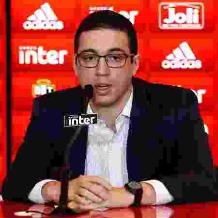 Alexandre Pássaro, gerente-executivo de futebol do São Paulo - Marcello Zambrana/AGIF