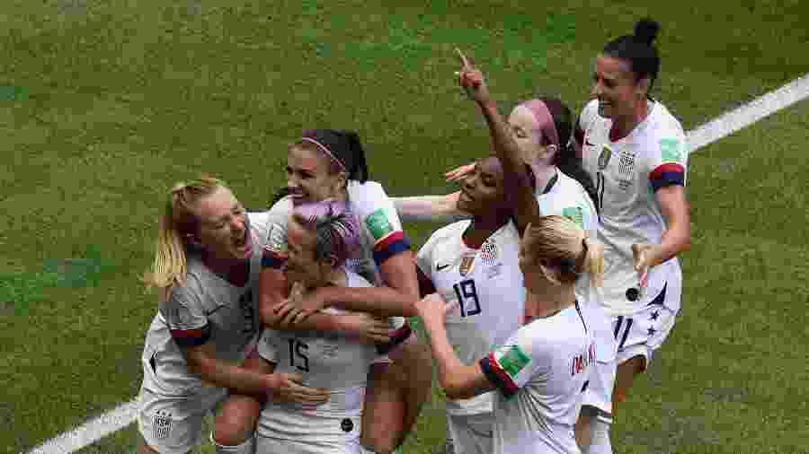 """Jogadoras dos EUA citaram """"comportamento e ambiente de trabalho discriminatórios"""" por parte da federação - Jean-Philippe KSIAZEK / AFP"""