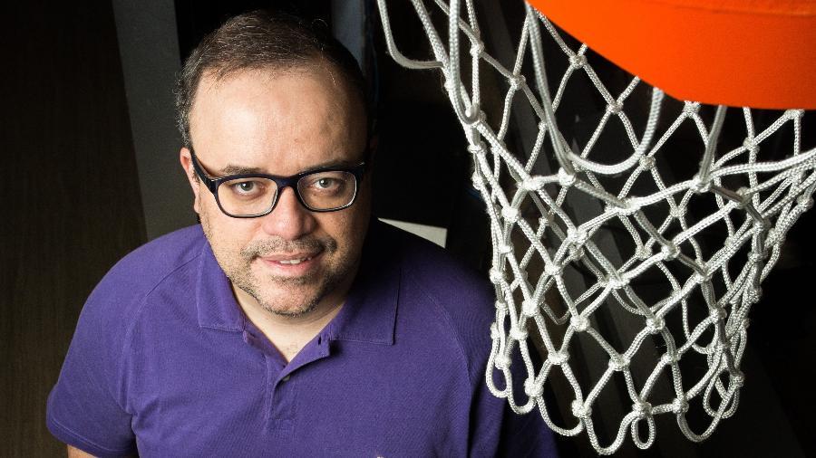 Everaldo Marques, apresentador da ESPN, nos estúdios da emissora em São Paulo - Leo Martins/UOL