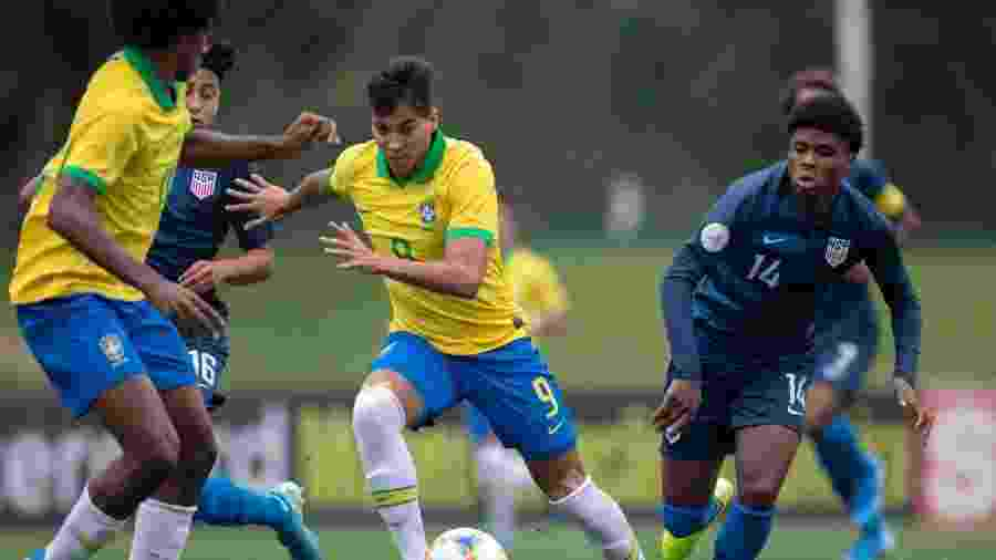 Jogador do Santos, Kaio Jorge defende a seleção brasileira sub-17 - divulgação