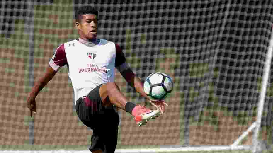 Léo Natel, atacante revelado pelo São Paulo, tem pré-contrato com o Corinthians no mercado da bola - Marcello Zambrana/AGIF