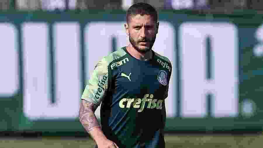 Zé Rafael treinou entre os titulares e deve jogar na noite de hoje (29) - Cesar Greco/Ag. Palmeiras
