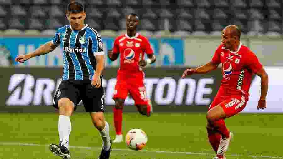 Lance do duelo entre Grêmio e América de Cali - Jeferson Guareze/Conmebol