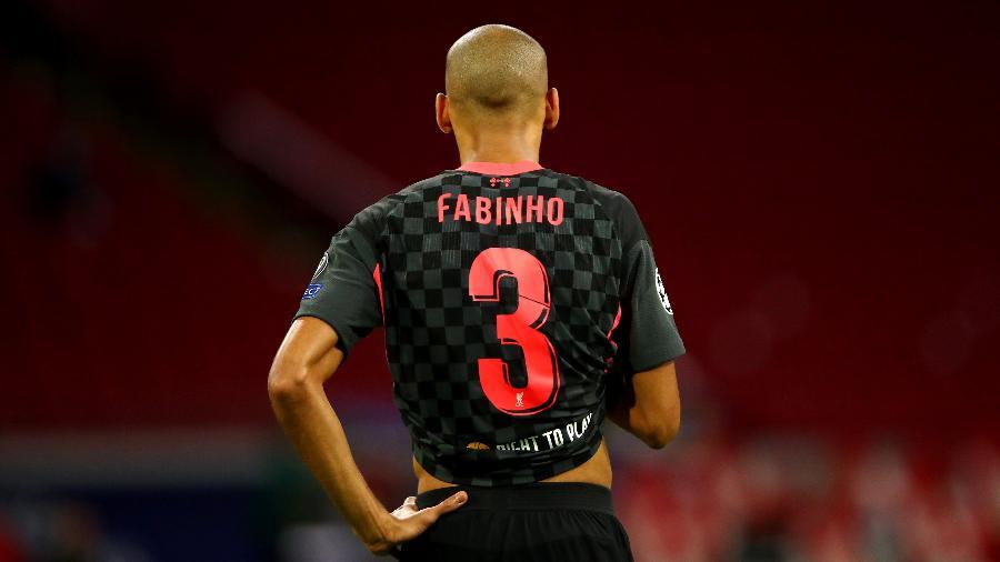 Fabinho do Liverpool durante partida contra o Ajax em 21 de outubro de 2020 - Dean Mouhtaropoulos/Getty Images
