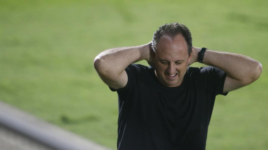 Flamengo de Rogério Ceni perdeu a chance de ser líder do Brasileirão - FERNANDO ROBERTO/ESTADÃO CONTEÚDO
