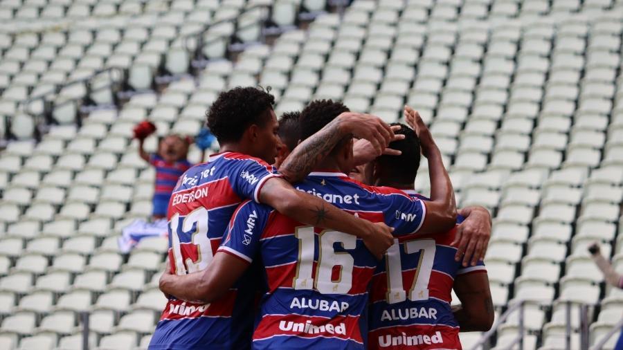 Jogadores do Fortaleza comemoram gol contra o Ceará - Leonardo Moreira / Fortaleza EC