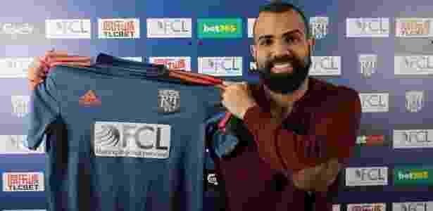 Sandro está emprestado ao West Bromwich e disputa o Campeonato Inglês - Divulgação/West Bromwich - Divulgação/West Bromwich