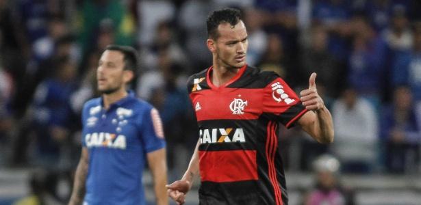 Zagueiro virou titular do Flamengo e está emprestado até julho do ano que vem - Thomas Santos/AGIF