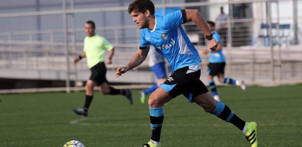 ab2f959204 Kannemann diz que  não aguentou  e vira problema para o Grêmio - 19 06 2017  - UOL Esporte