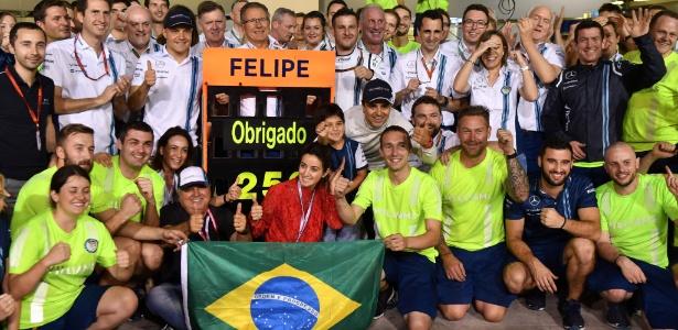 Felipe Massa foi homenageado ao fim do GP de Abu Dhabi - AFP / Andrej Isakovic