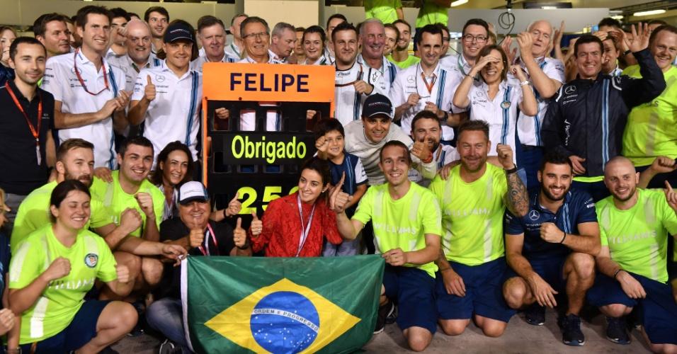 Felipe Massa foi homenageado ao fim do GP de Abu Dhabi