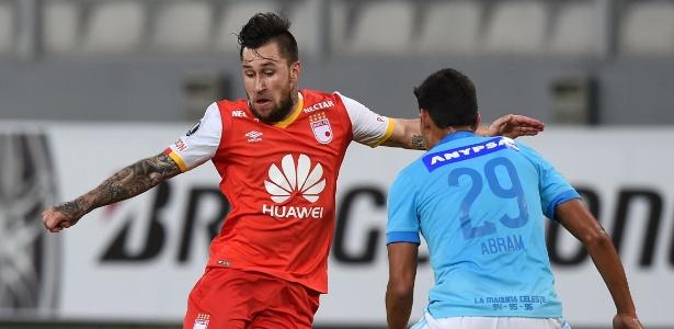 Gómez passou as duas últimas temporadas defendendo o Santa Fé, da Colômbia