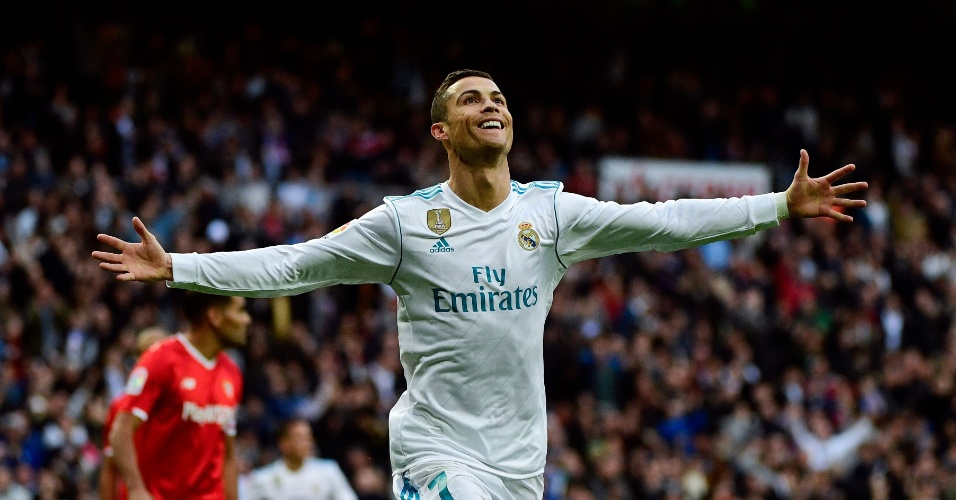 Cristiano Ronaldo comemora gol do Real Madrid contra o Sevilla