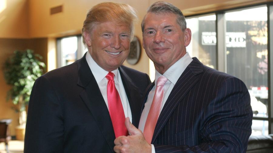 Donald Trump e Vinc McMahon reunidos em 2009 - Mark A. Wallenfang/Getty Images