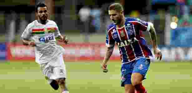Zé Rafael em ação pelo Bahia durante jogo contra o Sampaio Corrêa - Felipe Oliveira/Bahia