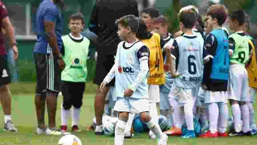Crianças participam de clínica de futebol da Fundação Real Madrid no Brasil - Divulgação