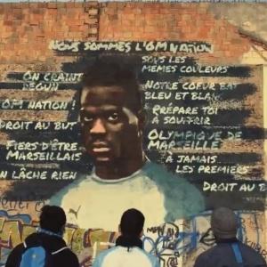 Grafite de Balotelli produzido para a apresentação do jogador  - Reprodução/Twitter Olympique de Marselha