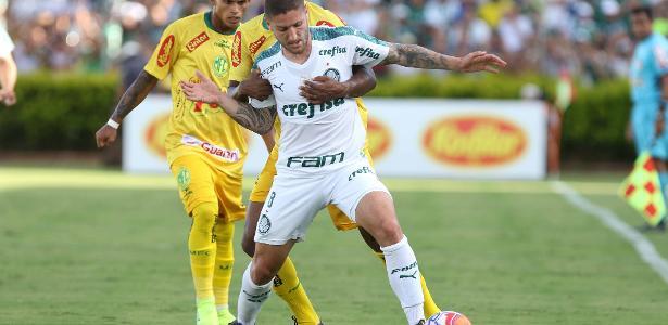 Zé Raphael pode ganhar mais chances no Palmeiras na reta final do Paulista - Célio Messias/Estadão Conteúdo