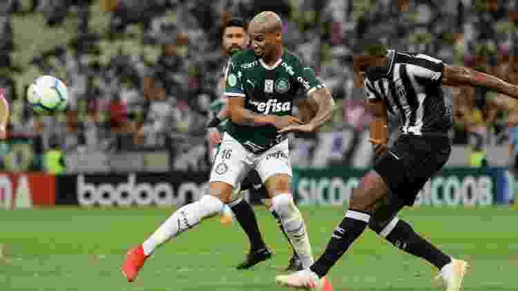 Deyverson tem sido o foco das críticas de torcedores no Palmeiras - Pedro Chaves/AGIF
