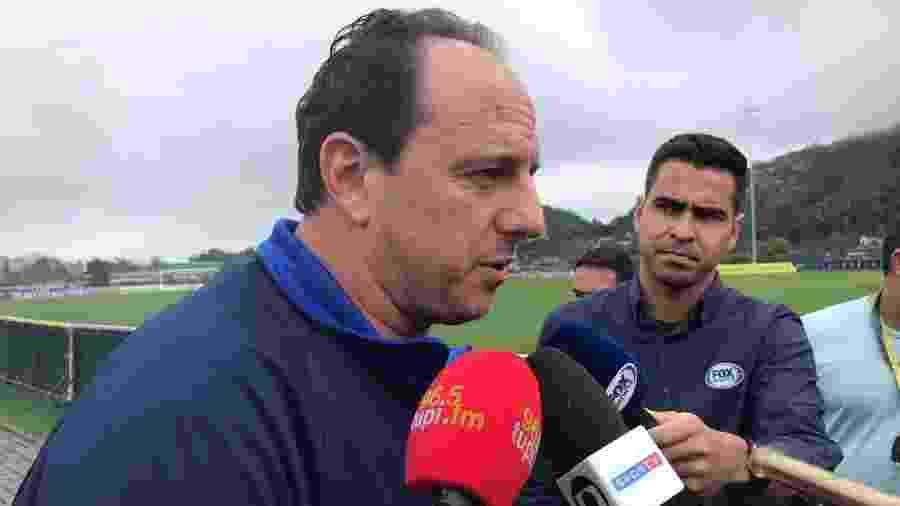 Rogério Ceni concedeu entrevista coletiva durante curso de treinadores da CBF - Bruno Braz/UOL