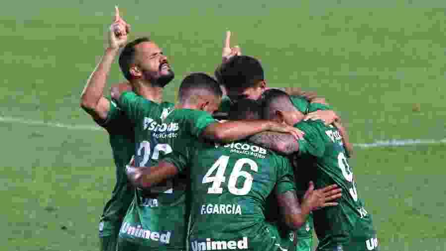 Chape está de volta à elite do futebol - Itawi Albuquerque/AGIF