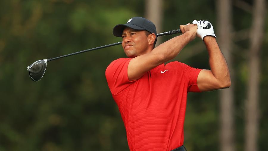 O golfista Tiger Woods sofreu diversas lesões após um acidente - Mike Ehrmann/Getty Images/AFP
