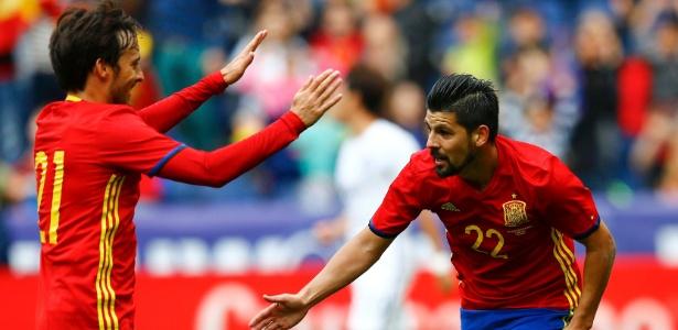 Atacante da selelção espanhola, Nolito ainda não descartou seguir para o Barcelona