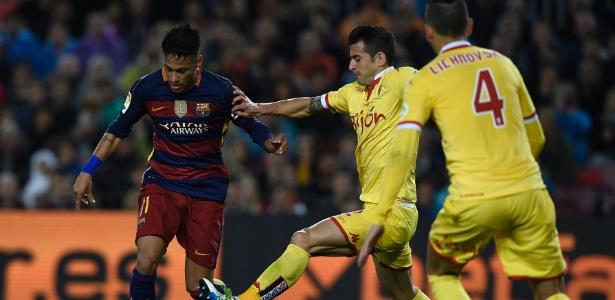 Luis Hernandez disputou o Campeonato Espanhol pelo Gijón - AFP PHOTO / LLUIS GENE
