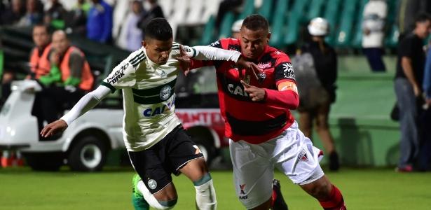 Walter marcou o único gol do Atlético-GO neste Campeonato Brasileiro