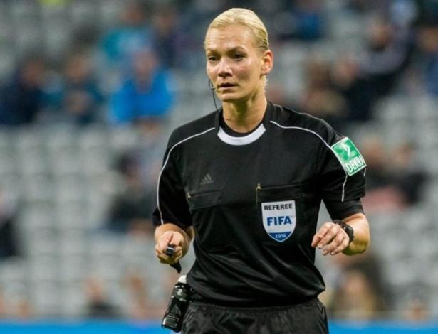 Bibiana Steinhaus será a primeira mulher a apitar um jogo da primeira divisão do Campeonato Alemão
