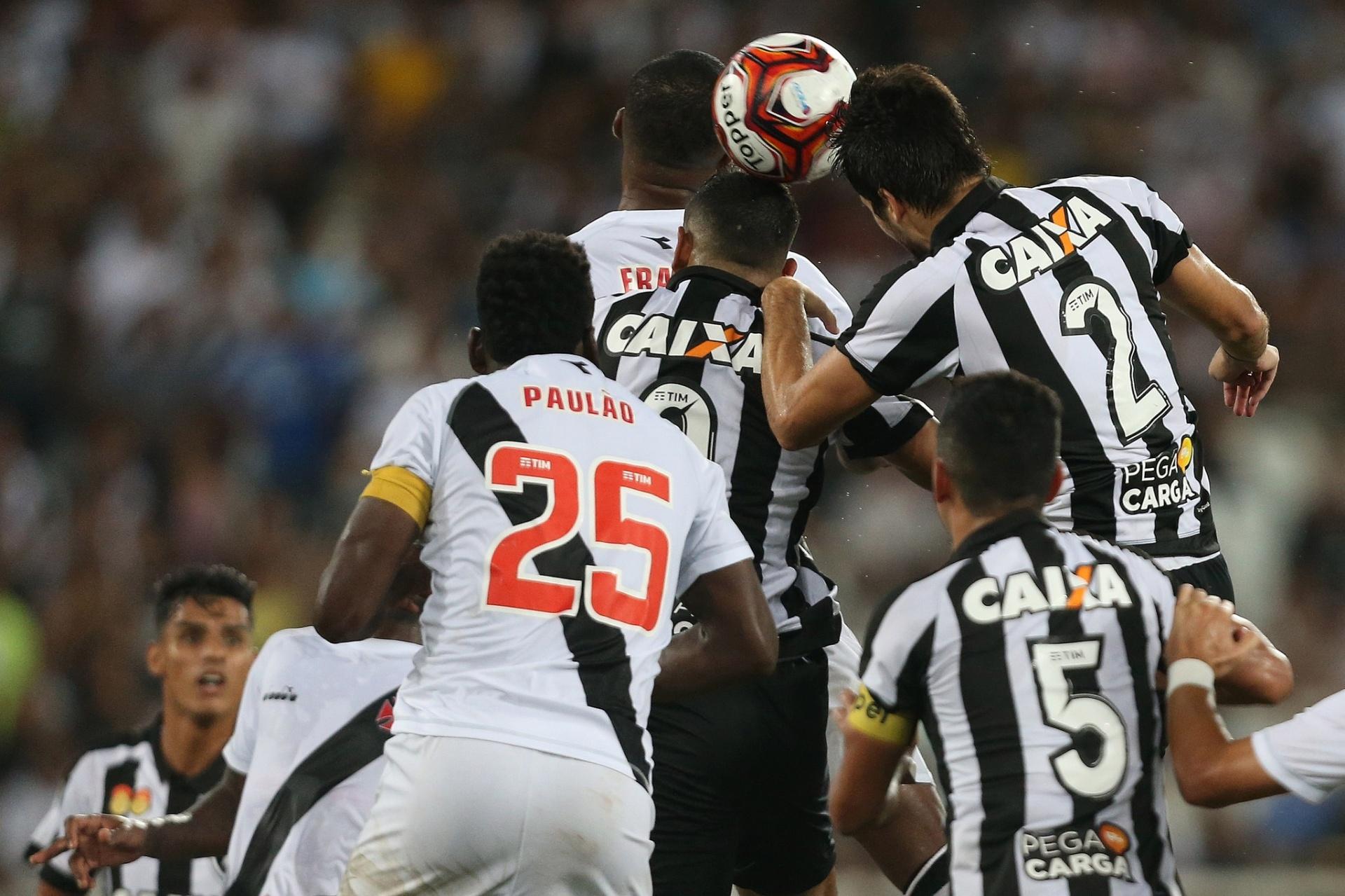 Vasco e Bota põem status à prova em nova final - 01 04 2018 - UOL Esporte 7d8696507e265