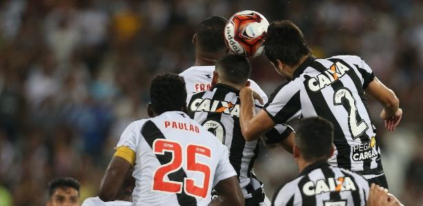 Botafogo e Vasco fazem o primeiro jogo da decisão do Carioca neste domingo