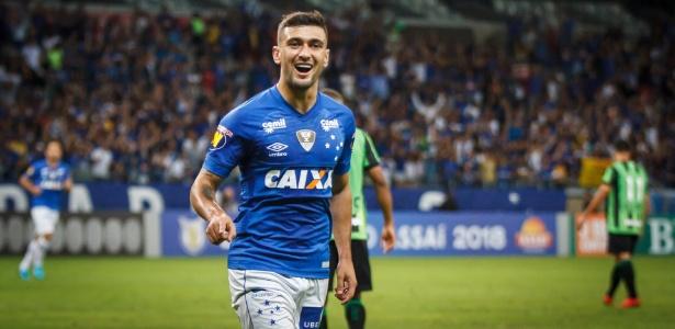 Giorgian De Arrascaeta comemora um de seus gols com a camisa do Cruzeiro - Vinnicius Silva/Cruzeiro E.C.