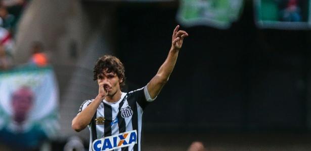 Lateral Dodô promete analisar última proposta do Santos e responder em breve