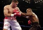Mike Tyson admite ter fumado maconha antes de luta em 2000 - AFP PHOTO/Jeff KOWALSKY