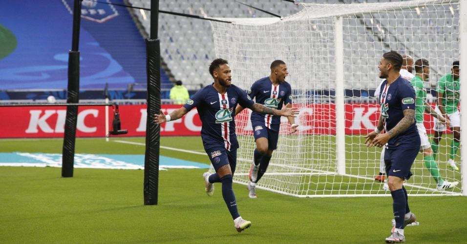 Neymar comemora o gol pelo PSG na final da Copa da França de 2020