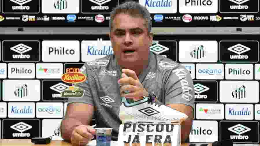 Orlando Rollo concede entrevista coletiva na Vila Belmiro - Ivan Storti/Santos FC