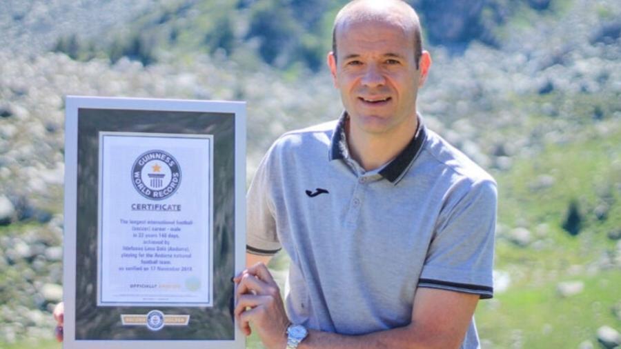 Zagueiro Ilde Lima, de 41 anos, tem seu nome no Guinness Book e hoje (22) joga a Champions League - Divulgação/Inter Escaldes