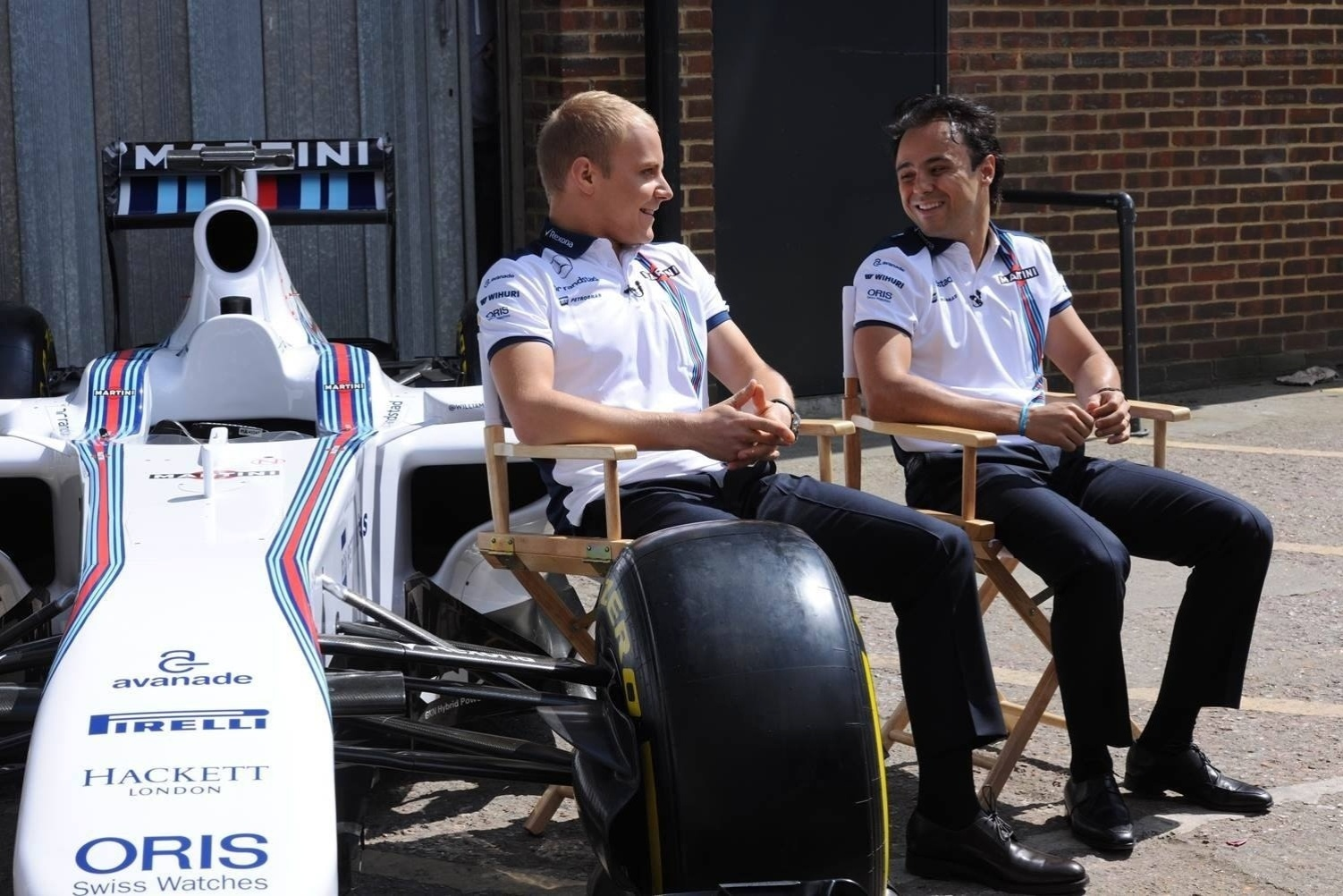 Felipe Massa posa com Valtteri Bottas