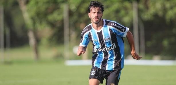 Raul é promessa da base do Grêmio e volta a ser relacionado pelo time gaúcho