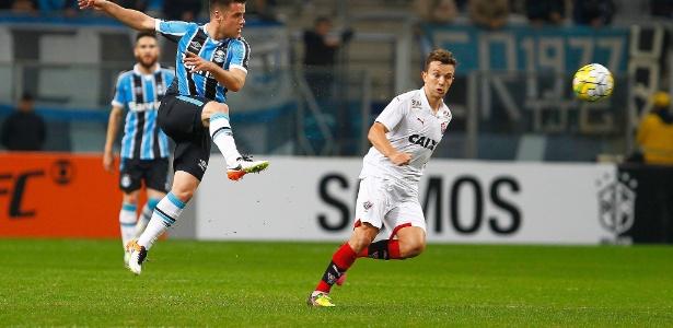 Suspensão de Dagoberto é um problema para Mancini escalar o Vitória